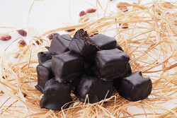 Çikolatalı Antep Fıstıklı Çifte Kavrulmuş Lokum 350gr. - Thumbnail